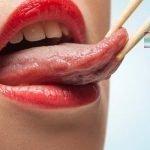 Причины, по которым может болеть кончик языка