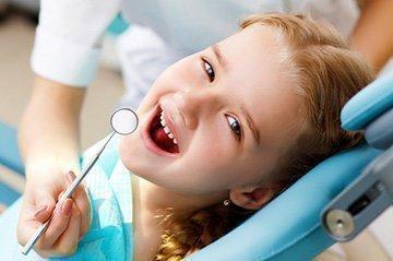 Консультация стоматолога позволит выявить причину