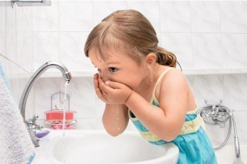 Гигиена рта и чистка зубов