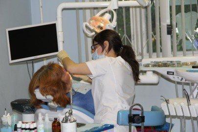Диагностика у стоматолога глоссита