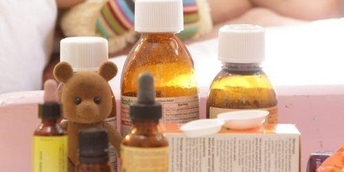 Лечение назначает педиатр при скарлатине