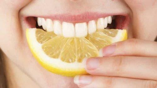 Лимонный сок для отбеливания