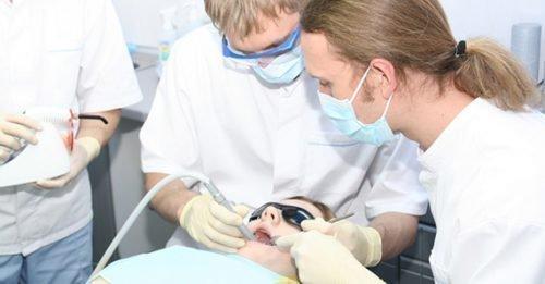Обращение к врачу при травмах языка