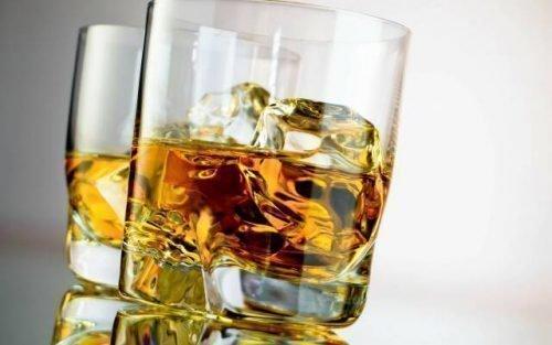 Алкоголь перед стоматологическим лечением делает анестезию слабой