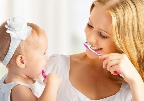 запах кукурузы изо рта ребенка причины