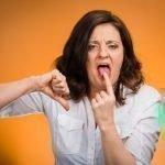 Горечь и неприятный запах изо рта, причины и лечение