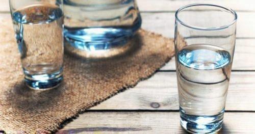 Пить много воды при диетах