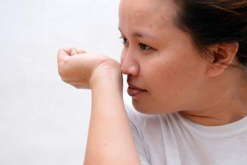 Самодиагностика халитоза по руке