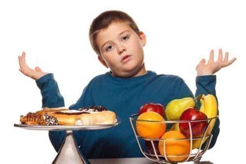 Неправильное питание - одна из главных причин образования ацетона