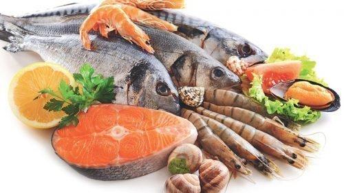 Много морепродуктов в питании