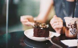 Сколько примерно нельзя есть после пломбирования зуба