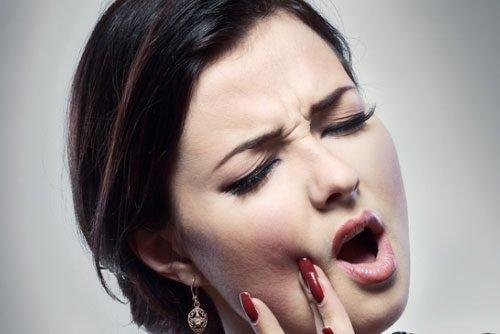 Зубная боль после удаления нерва